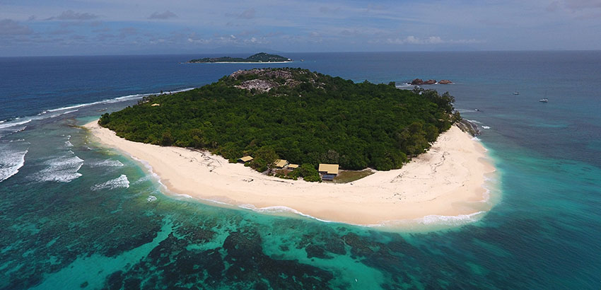 RRG SA 782 Cousin Island Special Reserve is a terrestrial and marine protected area in Seychelles Serge Marizy